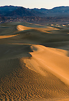Mesquite Flats sand dunes at sunrise