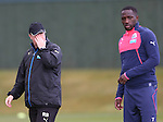 Newcastle United's manager Rafael Benitez, left, looks at Moussa Sissoko, right, during the training session at Darsley Park Training complex. Photo credit should read: Scott Heppell/Sportimage