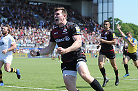 Ben Spencer of Saracens celebrates scoring a try during the Aviva Premiership Rugby semi final match between Saracens and Wasps at Allianz Park on Saturday 19th May 2018 (Photo by Rob Munro/Stewart Communications)