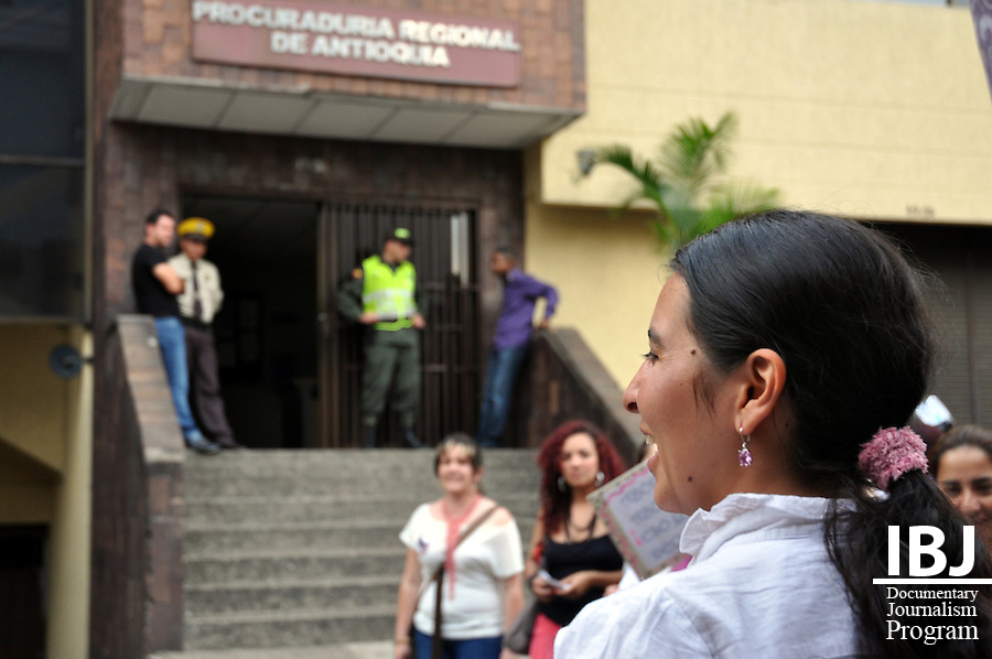 Medell&iacute;n, Colombia - Pro-choice demonstration; May 10, 2011.<br /> IBJ JusticeMakers Fellow Adriana sings and chants outside the regional Attorney General's office.<br /> Photo &copy; Siobhan Riordan / IBJ.<br /> www.siobhanriordan.com