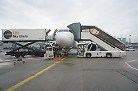 Sun Express Maschine wird beladen und betankt am Frankfurter Flughafen - Frankfurt 16.10.2019: Eichwaldschuele Schaafheim am Frankfurter Flughafen