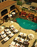 USA, California, Los Angeles, Bird's eye view of the pool at the Beverly Wilshire Hotel, Four Seasons Resort on Rodeo Drive