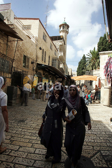 Palestinians walk in the main market, in Jerusalem's old city on Oct. 25, 2010. Photo by Mahfouz Abu Turk
