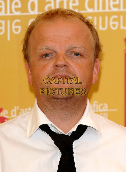 "TOBY JONES.""Infamous"" photocall on the second day of the 63rd Venice International Film Festival, Venice, Italy..31st August 2006.Ref: PL.portrait headshot.www.capitalpictures.com.sales@capitalpictures.com.©Phil Loftus/Capital Pictures"