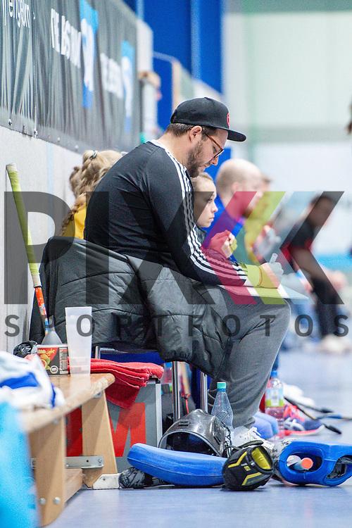 Mannheim, Germany, December 01: During the Bundesliga indoor women hockey match between Mannheimer HC and Nuernberger HTC on December 1, 2019 at Irma-Roechling-Halle in Mannheim, Germany. Final score 7-1. head coach Nicklas Benecke of Mannheimer HC<br /> <br /> Foto © PIX-Sportfotos *** Foto ist honorarpflichtig! *** Auf Anfrage in hoeherer Qualitaet/Aufloesung. Belegexemplar erbeten. Veroeffentlichung ausschliesslich fuer journalistisch-publizistische Zwecke. For editorial use only.