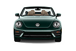 Car photography straight front view of a 2018 Volkswagen Beetle 1.8T-Dune-Conv.-auto 2 Door Convertible Front View
