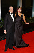 Robert Altman and Lynda Carter arrive for the Artist's Dinner honoring the recipients of the 2011 Kennedy Center Honors hosted by United States Secretary of State Colin Powell at the U.S. Department of State in Washington, D.C. on Saturday, December 1, 2001. The 2001 honorees are Julie Andrews, Van Cliburn, Quincy Jones, Jack Nicholson, and Luciano Pavarotti..Credit: Ron Sachs / CNP