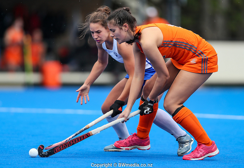 Action from the NHL warmup match between Auckland and Midlands at Diocesan School for Girls in Auckland, New Zealand on Sunday, 11 August 2019. Photo: Simon Watts / bwmedia.co.nz
