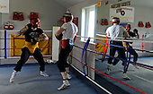 Boxer Ricky Burns (in black) sparring in preparation for next weeks' fight - at the Fighting Scots Gym in Stepps - Picture by Donald MacLeod 27.8.10 - mobile 07702 319 738 - clanmacleod@btinternet.com