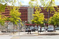 Il residence Ripamonti, in cui vengono alloggiati i profughi provenienti dalla Libia. Pieve Emanuele (Milano), 14 maggio 2011...Ripamonti Residence, where were lodged fugitives from Libya. Pieve Emanuele (Milan), May 14, 2011