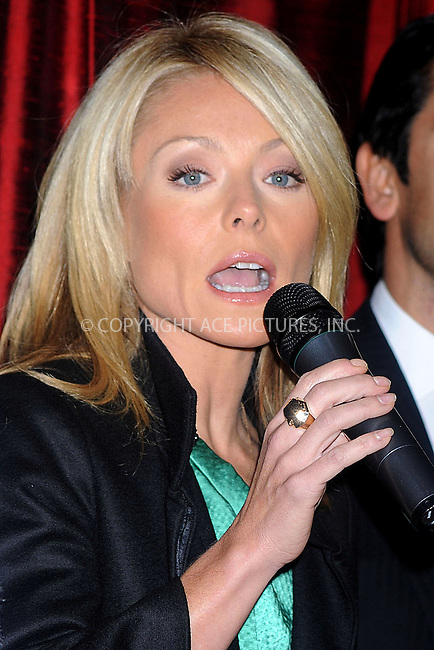 WWW.ACEPIXS.COM . . . . . ....November 24 2008, New York City....TV personality Kelly Ripa at the 29th anniversary of the Cartier holiday bow celebration at the Cartier Mansion on Fifth Avenue on November 24, 2008 in New York City. ....Please byline: KRISTIN CALLAHAN - ACEPIXS.COM.. . . . . . ..Ace Pictures, Inc:  ..(646) 769 0430..e-mail: info@acepixs.com..web: http://www.acepixs.com