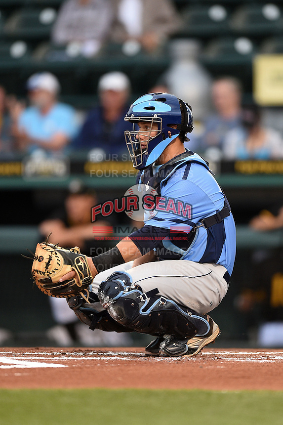 Charlotte Stone Crabs catcher Maxx Tissenbaum (8) during a game against the Bradenton Marauders on April 20, 2015 at McKechnie Field in Bradenton, Florida.  Charlotte defeated Bradenton 6-2.  (Mike Janes/Four Seam Images)