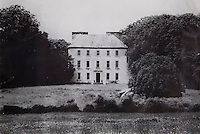A Victorian photograph of Tarbert House, home to the Leslie family since 1690