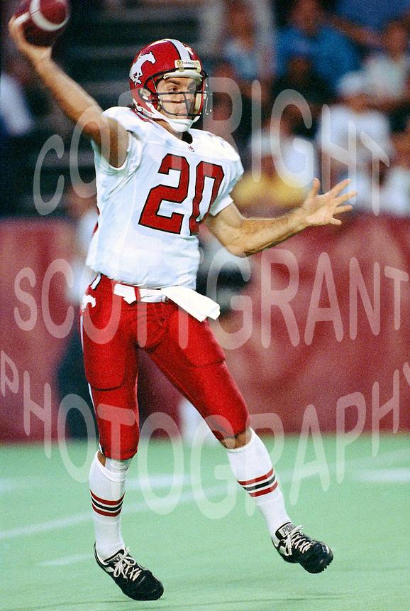 big sale 29475 7384a Doug Flutie-Calgary Stampeders-1992-19.jpg   Scott Grant ...