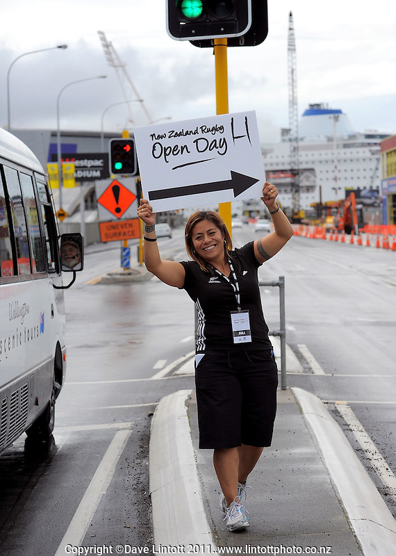 NZRU media manager Juli Clausen directs traffic. NZRU open day at NZRU Head Office, Wellington, New Zealand on Sunday, 27 March 2011. Photo: Dave Lintott / lintottphoto.co.nz