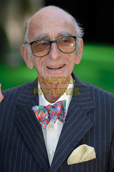 DAVID KELLY.Uk Film premiere of Charlie And The Chocolate Factory,.Odeon Cinema,Leicester Square.London, 17th July 2005.portrait headshot pinstripe suit bow tie glasses.www.capitalpictures.com.sales@capitalpictures.com.©Capital Pictures