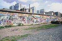 Berlino  settembre 1989 Gli ultimi mesi del muro che divideva Berlino Est e Berlino Ovest , Berlin, September 1989 The last months of the wall that divided East Berlin and West Berlin