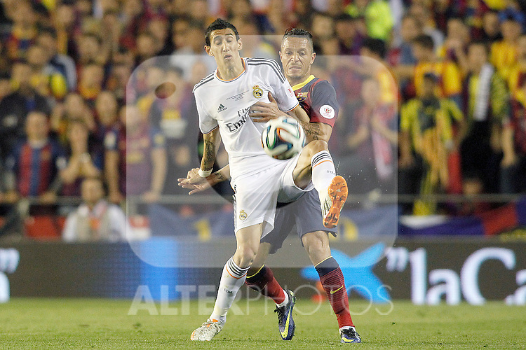 FC Barcelona's Adriano Correia (r) and Real Madrid's Angel Di Maria during spanish KIng's Cup Final match.April 16,2014. (ALTERPHOTOS/Acero)
