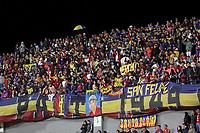 PASTO - COLOMBIA, 21-02-2020: Hinchas del Pasto animan a su equipo durante partido por la fecha 6 como parte de Liga BetPlay DIMAYOR I 2020 entre Deportivo Pasto y Envigado F.C. jugado en el estadio Estadio Municipal La Independencia de Pasto. / Fans of Pasto cheer for their team during match for the date 6 as part of BetPlay DIMAYOR League I 2020 between Deportivo Pasto and Envigado F.C. played at Municipal La Independencia stadium in Pasto. Photo: VizzorImage / Leonardo Castro / Cont