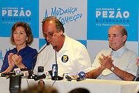 RIO DE JANEIRO, RJ, 26.10.2014 – PEZÃO CONCEDE COLETIVA APÓS VITÓRIA EM SEGUNDO TURNO – LUIS FERNANDO PEZÃO, O candidato a reeleito Luiz Fernando PEzão concede coletiva após a vitória num hotel no Catete,   zona sul do Rio de Janeiro, neste domingo, 26 (foto: Márcio Cassol/Brazil Photo Press)