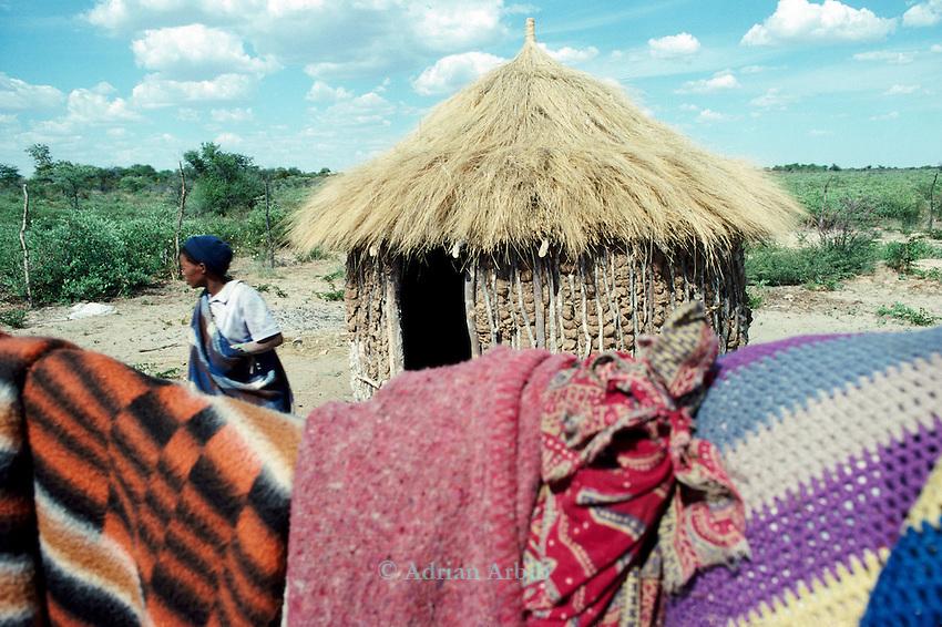A San woman, Tchumkwe, Bushman land, Namibia