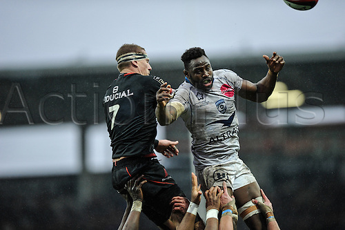 28.02.2016. Toulouse, Frace. Top14 rugby union league, Toulouse versus Montpellier.  Imanol  Harinordoquy (st) challenges Fulgence Ouedraogo (mhr) in the lineout