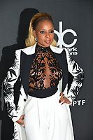 Mary J. Blige at the 21st Annual Hollywood Film Awards at The Beverly Hilton Hotel, Beverly Hills. USA 05 Nov. 2017<br /> Picture: Paul Smith/Featureflash/SilverHub 0208 004 5359 sales@silverhubmedia.com