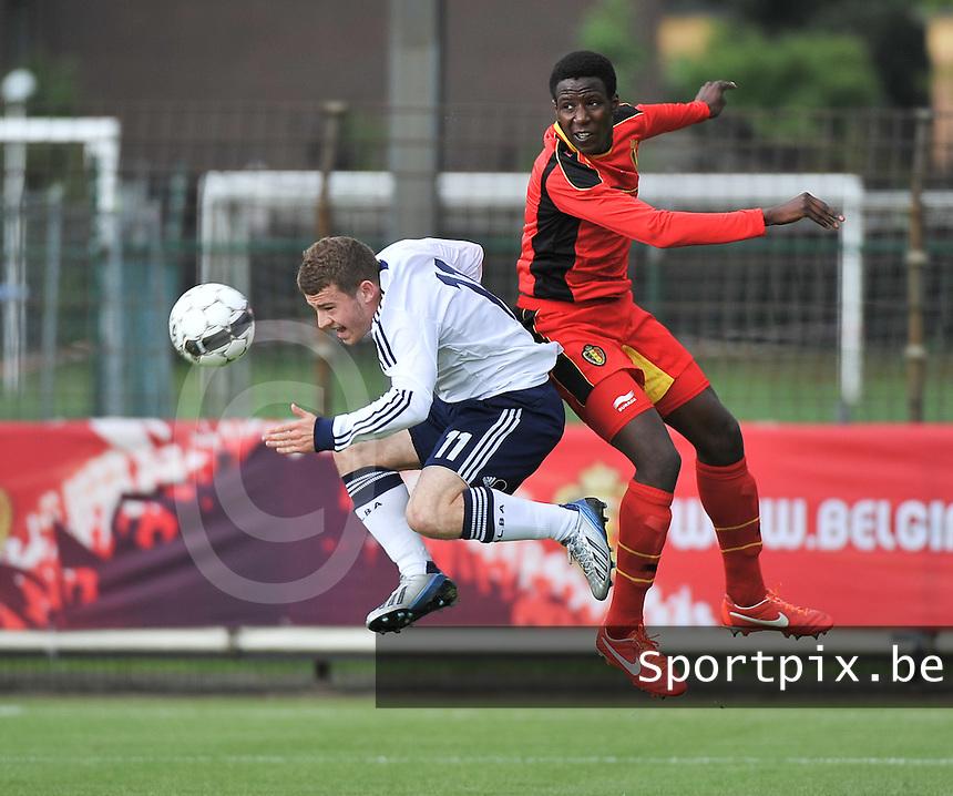 Scotland U19 - Belgium U19 : duel between David Iboma (right) and Ryan Fraser (11).foto DAVID CATRY / Nikonpro.be