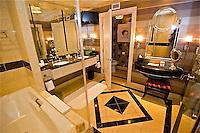 A-Palazzo Suite, Las Vegas, NV 2 12