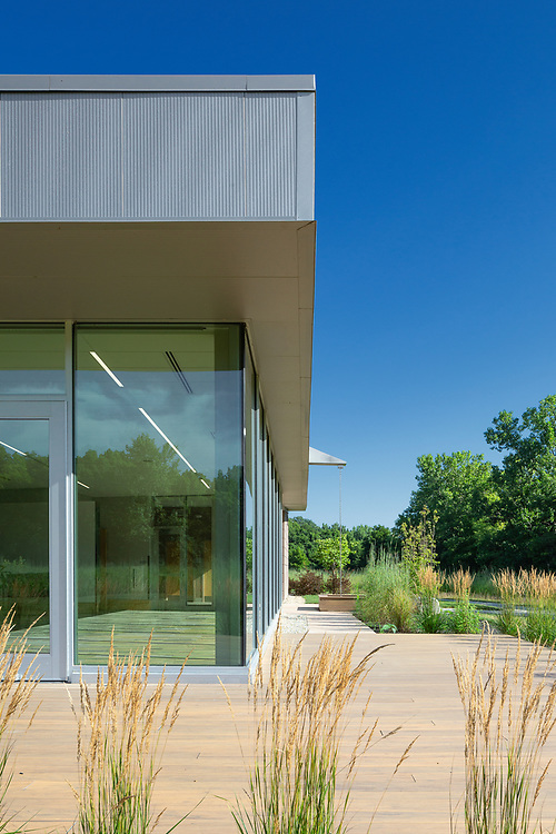 The Grove Lodge at Scioto Grove Metro Park | Paros Architecture + Design