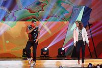"""SAO PAULO, 03 DE JULHO DE 2013. SHOW NALDO. O cantor Naldo e a cantora Ivete Sangalo durante a gravação do dvd """"multishow ao vivo - Naldo Benny"""". A gravaçao aconteceu na noite desta quarta feira no Credicard Hall, na zona sul da capital paulista. FOTO ADRIANA SPACA/BRAZIL PHOTO PRESS"""