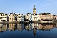St.Peter und Limmatufer in Zürich, Schweiz