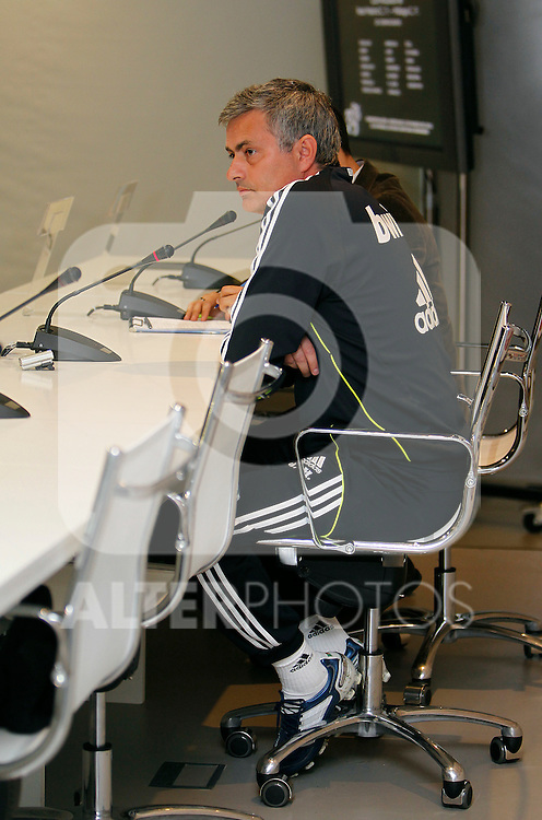 Madrid (02/03/2011).- Ciudad deportiva de Valdebebas..Rueda de prensa de Jose Mourinho....Photo: Alex Cid-Fuentes / ALFAQUI..