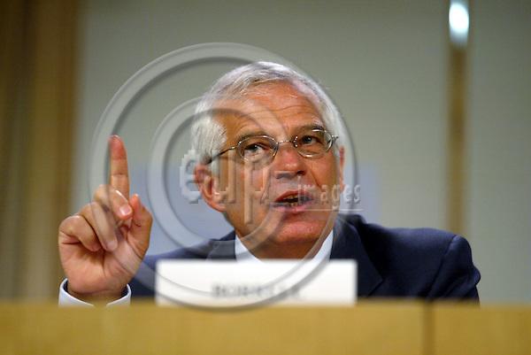 BRUSSELS - BELGIUM - 30 MAY 2005 --Josep BORRELL, President of the European Parliament.-- PHOTO: ERIK LUNTANG / EUP-IMAGES..