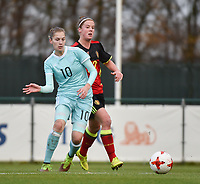 20171123 - TUBIZE , BELGIUM : Belgian Laura Deloose (R) and Russian Abdullina (L) pictured during a friendly game between the women teams of the Belgian Red Flames and Russia at complex Euro 2000 in Tubize , Thursday  23 October 2017 ,  PHOTO Dirk Vuylsteke | Sportpix.Be