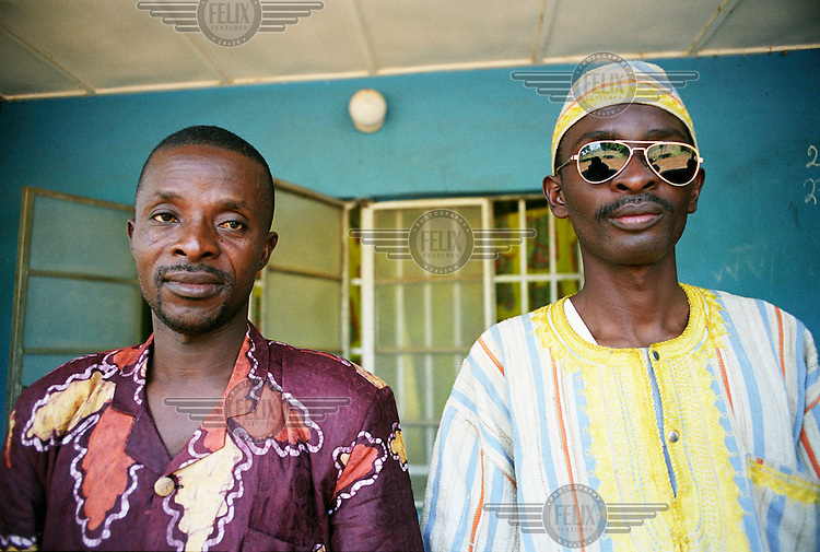 Mike Lamin (right), a leader of the Revolutionary United Front (RUF).
