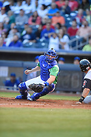 ***Temporary Unedited Reference File***Tulsa Drillers catcher Kyle Farmer (17) during a game against the Arkansas Travelers on April 28, 2016 at ONEOK Field in Tulsa, Oklahoma.  Tulsa defeated Arkansas 5-4.  (Mike Janes/Four Seam Images)