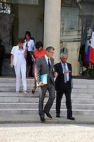 Vincent Peillon ( Ministre de l Education nationale ) - Victorin Lurel ( Ministre des Outre Mer ) .Parigi 22/8/2012.Consiglio dei Ministri.Foto Insidefoto / Christian Liewig / FEP / Panoramic.ITALY ONLY