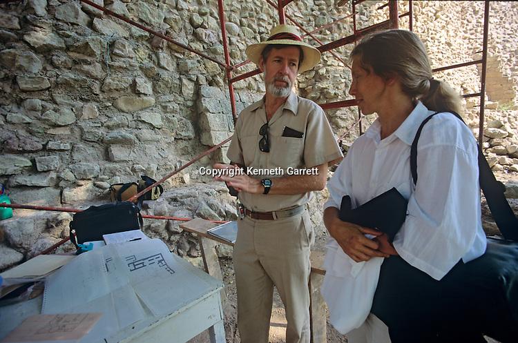 Maya, Copan, Honduras, Barbara Fash, Bob Sharer,  Sculpture, bodega, storeroom