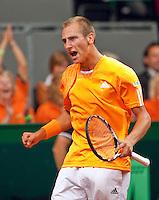 18-9-09, Netherlands,  Maastricht, Tennis, Daviscup Netherlands-France,  Thiemo de Bakker verslaat Monfils en zet Nederland op een onverwachte 1-0 voorsprong.