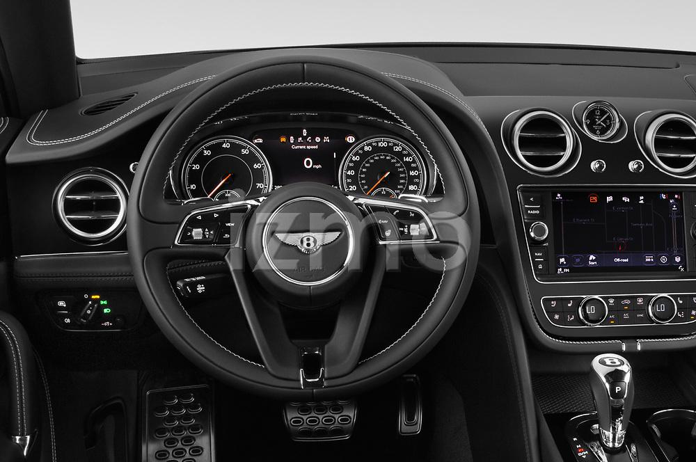 Car pictures of steering wheel view of a 2018 Bentley Bentayga Base 5 Door SUV