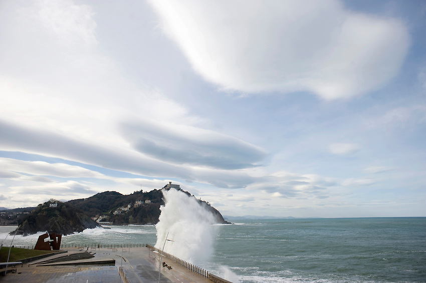 Waves hit the coast in Donostia on February 9, 2014, Basque Country. (Ander Gillenea / Bostok Photo)