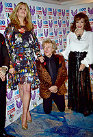 30 October 2017 - Penny Lancaster, Rod Stewart, Joan Collins at the Pride Of Britain Awards 2017 at The Grosvenor House Hotel London. Photo Credit: ALPR/AdMedia