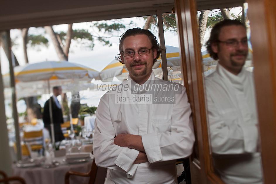 Europe/France/Provence -Alpes-Cote d'Azur/83/Var/Saint-Tropez:   Arnaud Donkèle chef du restaurant: La Pinède [Non destiné à un usage publicitaire - Not intended for an advertising use]