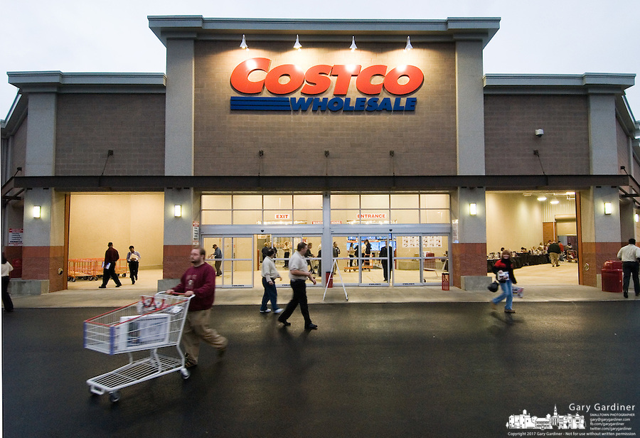 The 623rd Costco Wholesale store opened in Columbus, Ohio, Wednesday, Nov. 29, 2006.<br />