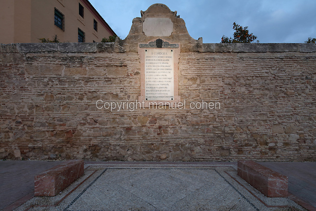 Memorial plaque, tribute to the poet Luis de Gongora, 1561-1627, with his poem 'A Cordoba', made in 1927 to celebrate 300 years since his death, on the Calle Ronda de Isasa, Cordoba, Andalusia, Southern Spain. The historic centre of Cordoba is listed as a UNESCO World Heritage Site. Picture by Manuel Cohen
