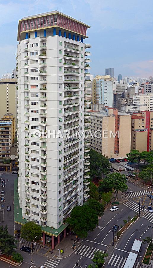Edificio Viadutos na Rua Dona Maria Paula. Sao Paulo. 2015. Foto de Juca Martins.