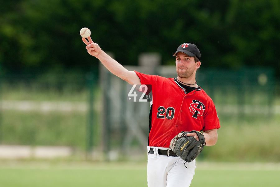 21 May 2009: Sebastien Morgavi of Toulouse throws the ball during the 2009 challenge de France, a tournament with the best French baseball teams - all eight elite league clubs - to determine a spot in the European Cup next year, at Montpellier, France.