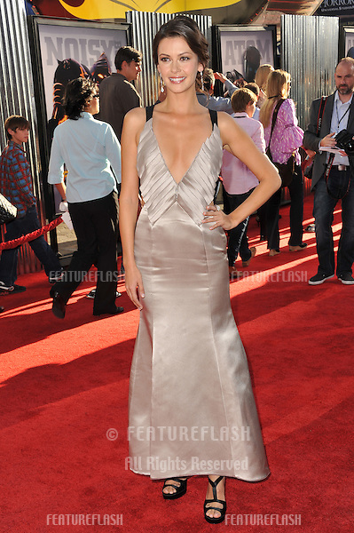 "Olga Fonda at the Los Angeles premiere of her new movie ""Real Steel"" at Universal Studios Hollywood..October 2, 2011  Los Angeles, CA.Picture: Paul Smith / Featureflash"