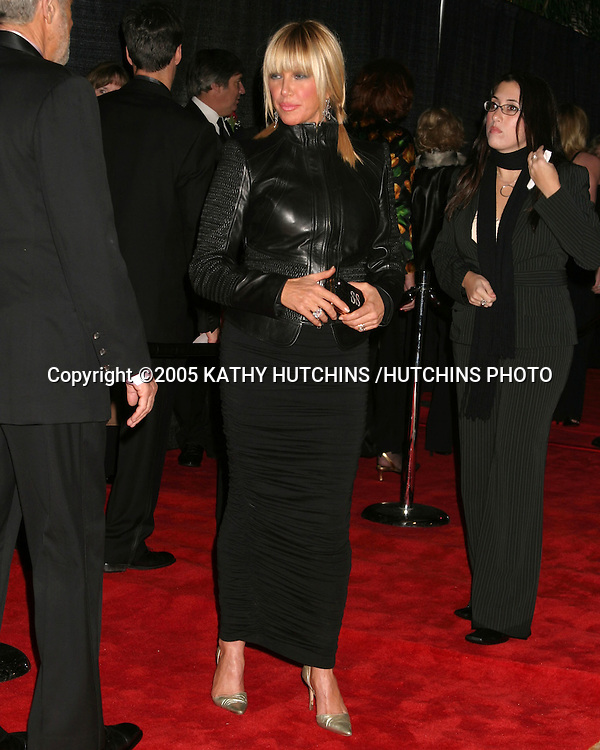 ©2005 KATHY HUTCHINS /HUTCHINS PHOTO.PALM SPRINGS FILM FESTIVAL GALA.PALM SPRINGS, CA.JANUARY 8, 2005..SUZANNE SOMERS